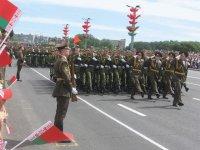 """Особенности национального праздника: Парад и """"полотно победы"""""""