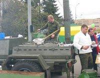 Особенности национального праздника: И вкус солдатской каши