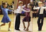 Малыши танцуют